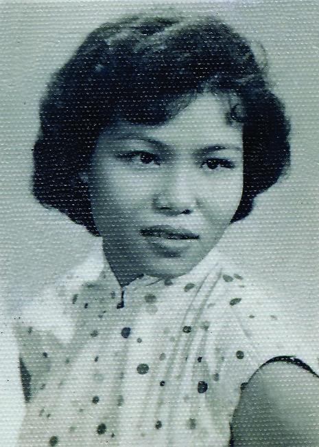 mom hot photo